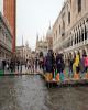 سیل در ایتالیا ۸ قربانی گرفت/حمل و نقل ریلی «رم» با مشکل مواجه شد