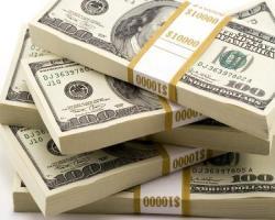 تقویت دلار و افت پوند و یورو بانکی